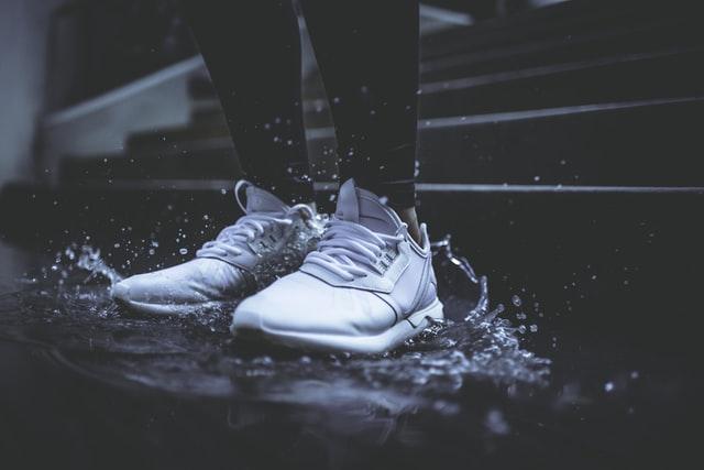 bisnis toko sepatu